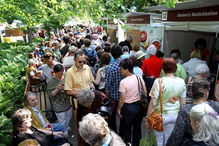 Genussfestival Besucher c- Jobst